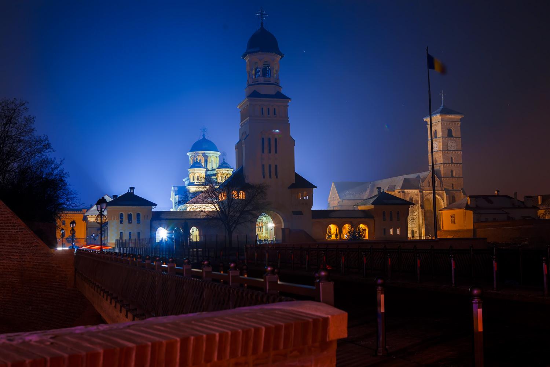 22-apr-2011     Iluminat pentru 4 catedrale