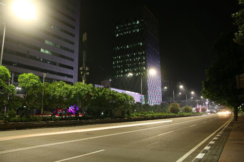 Economiseste cu corpurile de iluminat stradal LED Malaga de la Philips